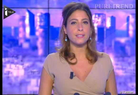 """Léa Salamé, journaliste à i>télé, croyant son micro coupé, ne peut s'empêcher de dire : """"J'ai fait péter le décolleté""""..."""