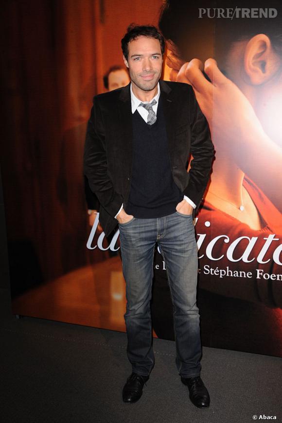 """Nicolas Bedos se fait également une place côté cinéma, récemment on le retrouvait dans """"Amour et Turbulences""""."""
