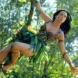 Katy Perry se transforme en Jane dans son clip Roar.