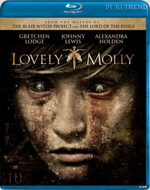 """Le DVD  : """"Lovely Molly"""".    Pourquoi lui ?  L'automne arrive... Halloween aussi... alors, si vous voulez une super soirée film d'horreur, foncez !    Le prix  : 19.99 €"""