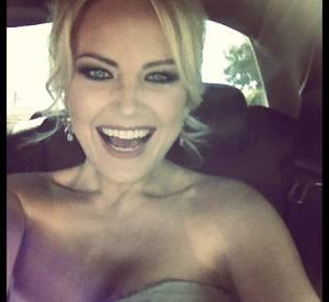 Malin Akerman est toute excitée d'aller aux Emmy Awards 2013.