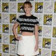 Jennifer Lawrence affiche son ventre plat.