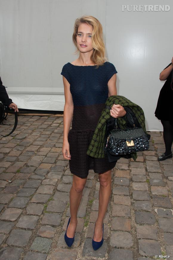 Natalia Vodianova en Louis Vuitton par Marc Jacobs.