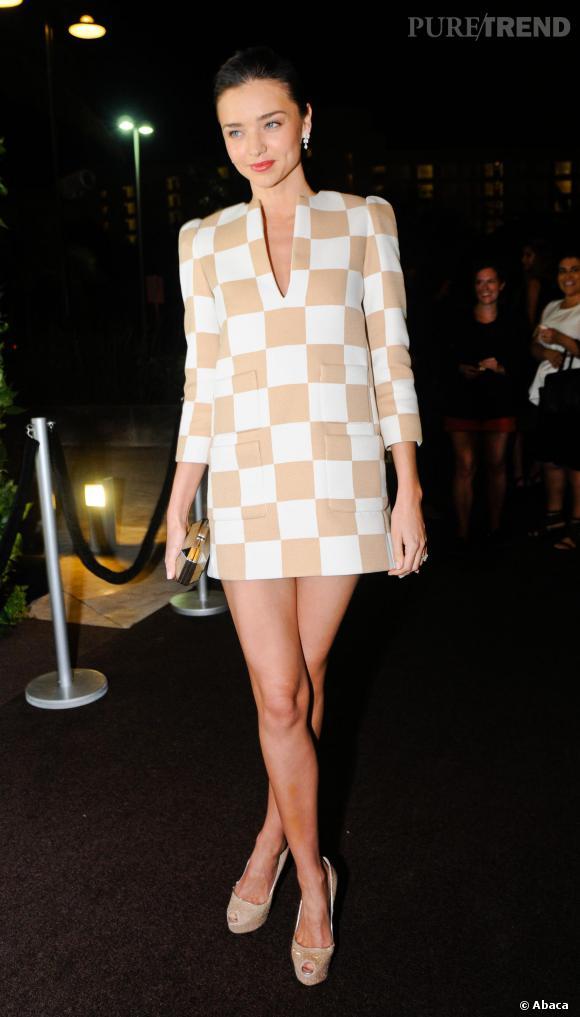 Miranda Kerr en Louis Vuitton par Marc Jacobs.