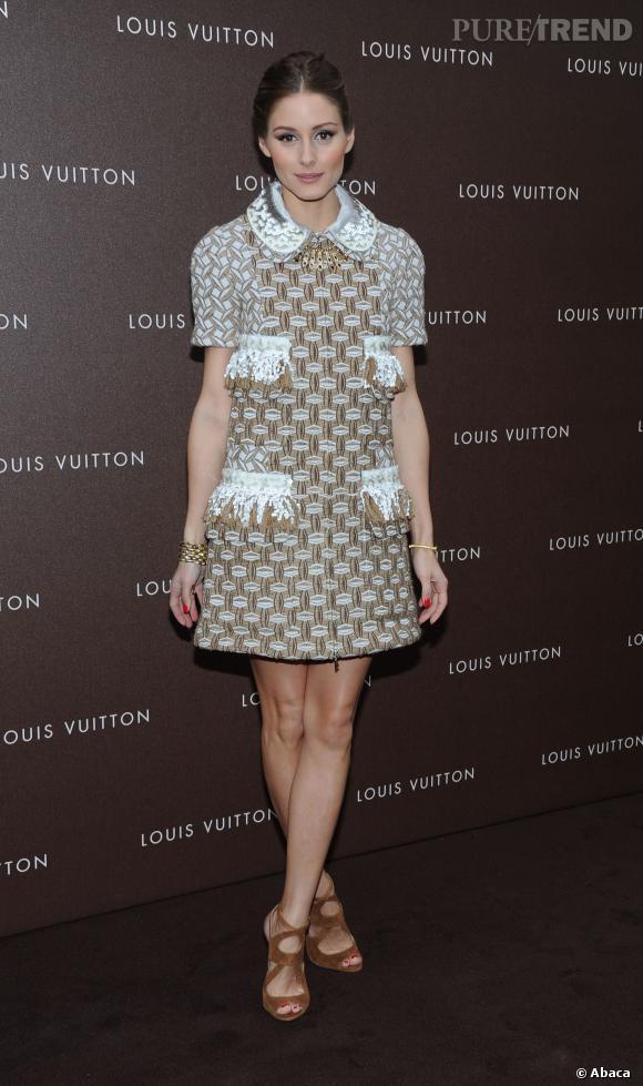 Olivia Palermo en Louis Vuitton par Marc Jacobs.