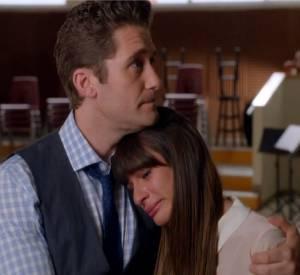 """Trailer de l'épisode 3, saison 5 de Glee """"Le Quaterback"""", en hommage à Cory Monteith."""