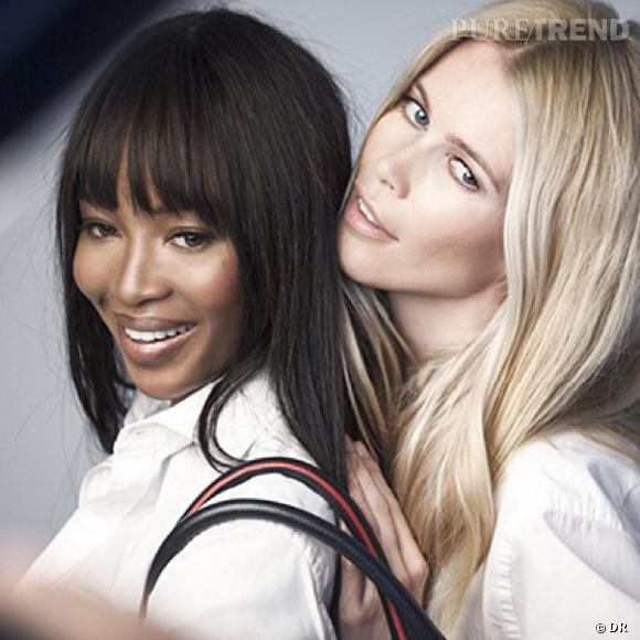 Claudia Schiffer et Naomi Campbell se mobilisent contre le cancer du sein avec le sac Tommy Hilfiger.