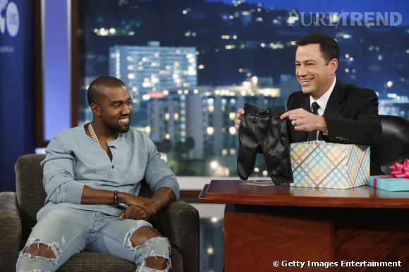 Jimmy Kimmel offre un jogging en cuir à Kanye West pour la petite North.