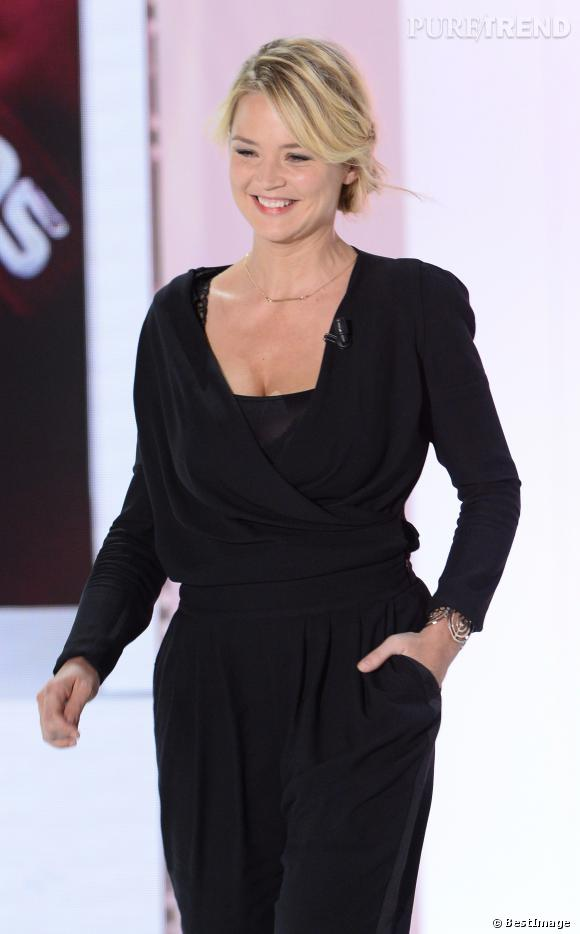 """Virginie Efira sur le plateau de """"Vivement Dimanche""""."""