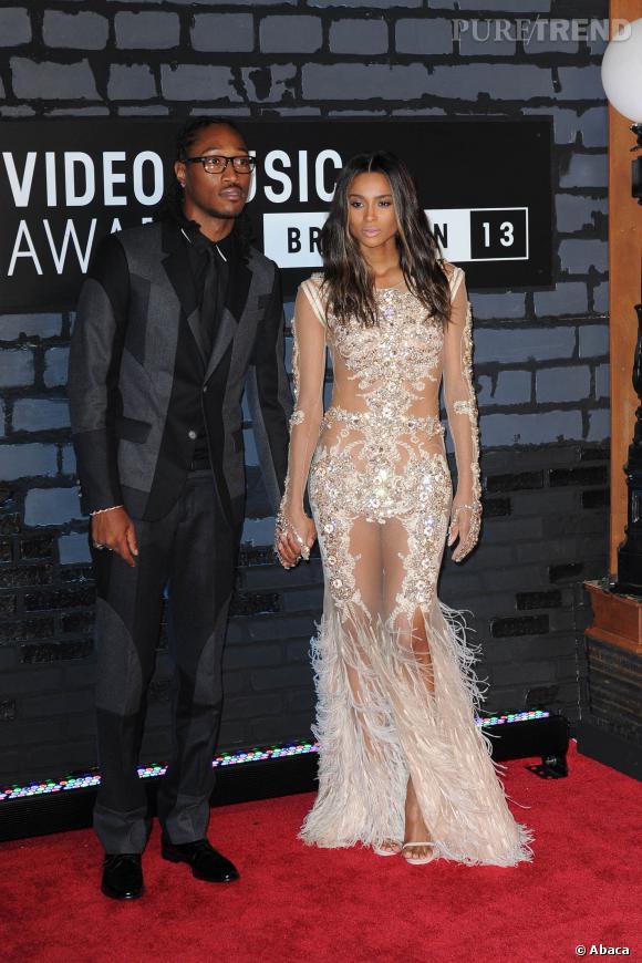 La chanteuse Ciara et son petit ami le rappeur Future se sont fiancés !