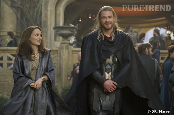 """Chris Hemsworth et Natalie Portman dans """"Thor : Le Monde des Ténèbres""""."""