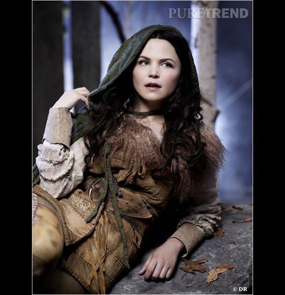 """Ginnifer Goodwin, alias Blanche-Neige dans """"Once Upon A Time"""", sait comment se camoufler en forêt."""