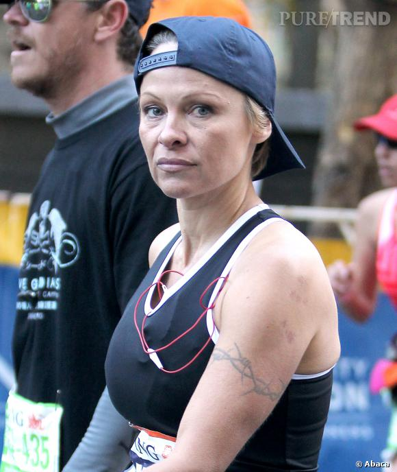 A partir de 40km, Pamela Anderson ne sourit plus.