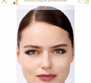 Appli Yves Saint Laurent : on applique le make-up sur un mannequin ou sur sa propre photo dont la biométrie est adaptable pour un résultat précis.