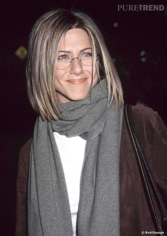 En 2001, Jennifer Aniston osait déjà la coupe au carré.