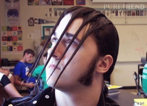 """La coupe """"cordes de guitare"""" pour tous les rockeurs qui n'aiment pas faire de headbang.    (Source : Likes.com)"""