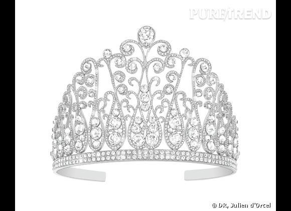 """La couronne """"Oiseau de Nuit"""" de Miss France 2014 par Julien d'Orcel."""
