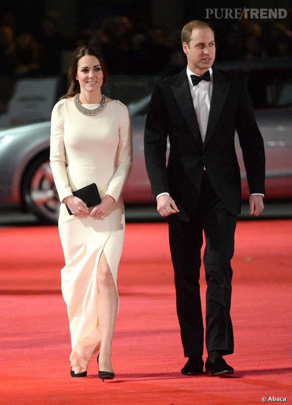 """Kate Middleton et le Prince William à la première de """"Mandela : un long chemin vers la liberté"""" à Londres."""