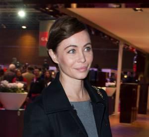 Emmanuelle Béart : discrète promotion cinéma lors du Gucci Masters 2013
