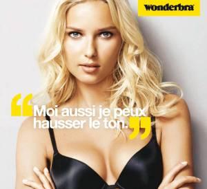 En 2012, Adriana Cernanova devient la nouvelle égérie Wonderbra.