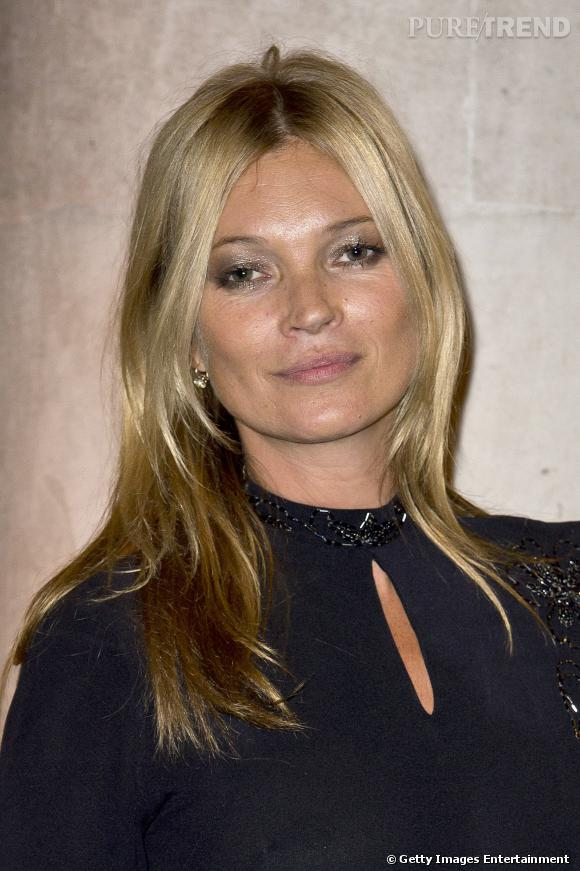 Kate Moss succède à Lenny Kravitz chez Eleven Paris.