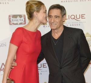 Nora Arnezeder et Gérard Lanvin comploteraient-ils ?