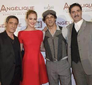 De gauche à droit : Gerard Lanvin, Nora Arnezeder, Tomer Sisley et Simon Abkarian à la première d'Angélique à Paris le 16 décembre 2013.