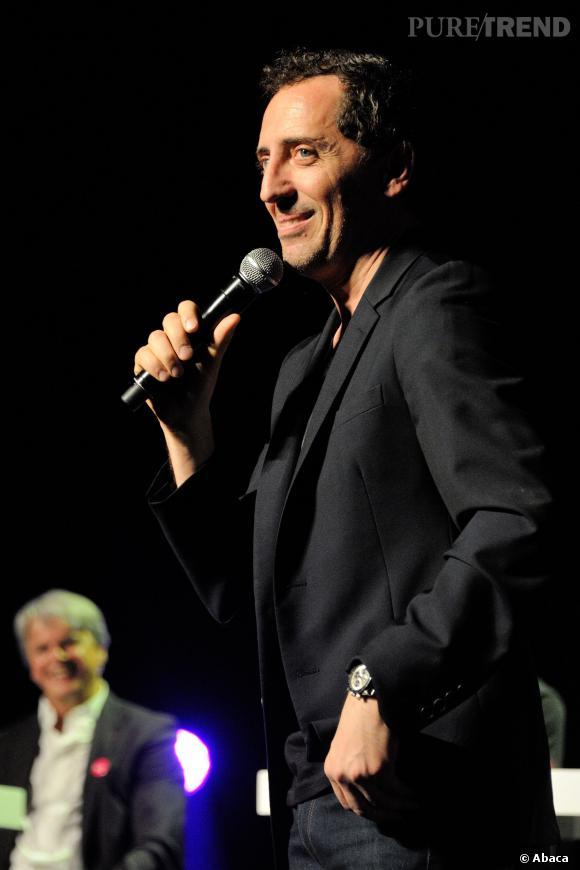 Gad Elmaleh, humoriste toujours très proche de son public.