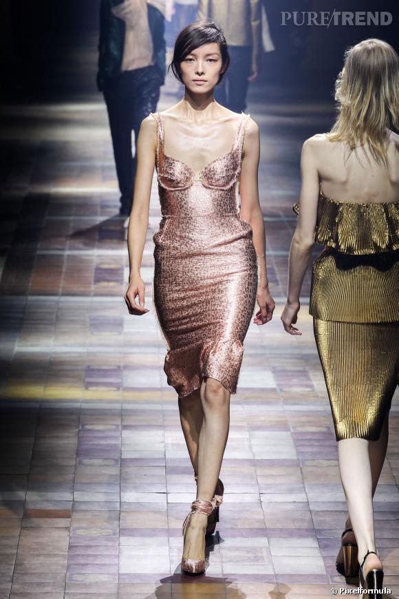 Ce qu'il faut porter en 2014 :  du clinquant, du brillant comme chez Lanvin.