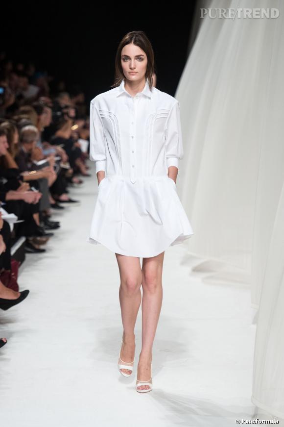 Ce qu'il faut porter en 2014  : du blanc virginal avec une robe/chemise comme chez Nina Ricci.