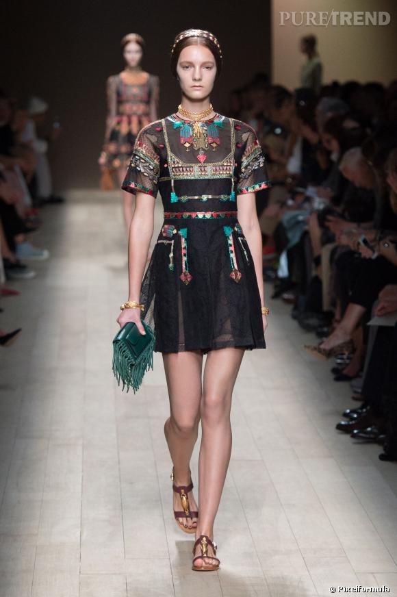 Ce qu'il faut porter en 2014 :  l'imprimé Byzance comme chez Valentino.