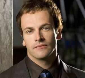 """Jonny Lee Miller en 2006 dans la série """"Dossier Smith""""."""
