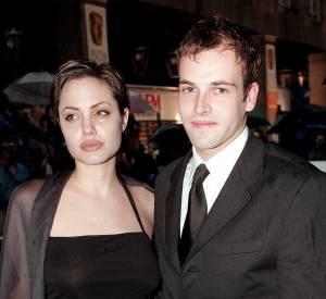 Jonny Lee Miller et Angelina Jolie ont été mariés de 1996 à 1999.