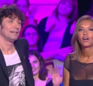 Un baiser en direct pour Karine Le Marchand, suivi d'une blague plutôt osée !