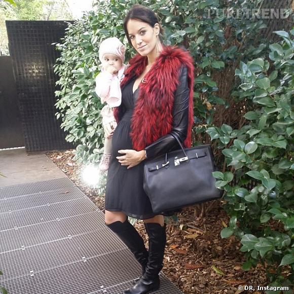 Jade Foret s'affiche sur Instagram, enceinte mais toujours glamour, accompagnée de sa petite fille.