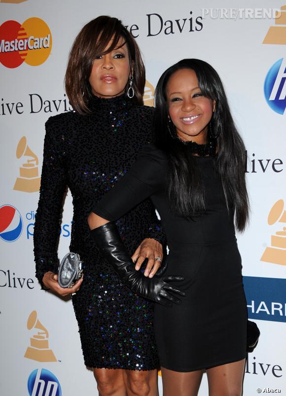 La mère Whitney Houston et la fille Bobbi Kristina Brown sur leur 31.