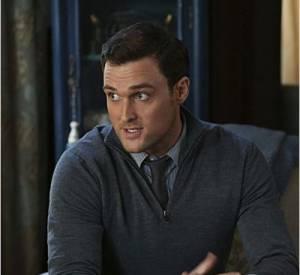 """""""Mentalist"""" saison 6 : l'agent Rigsby joué par Owain Yeoman quitte la série après avoir tourné l'épisode 13 de la saison 6."""