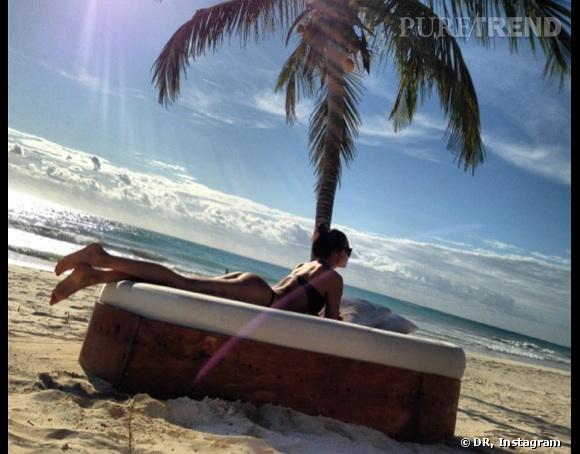 Irina Shayk lézarde sous le soleil du Mexique.