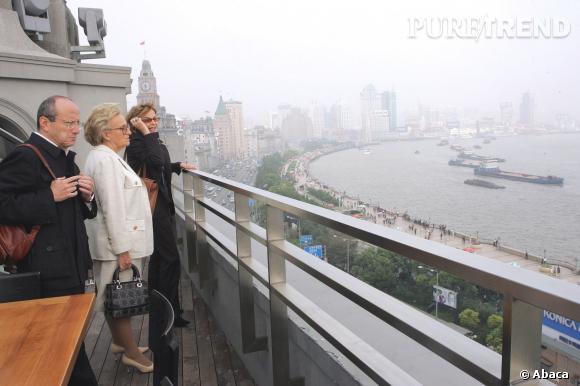 Bernadette Chirac en visite à Shanghaï, le 11 octobre 2004.