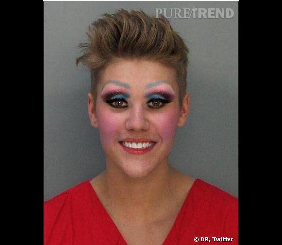 Basique, le mugshot de Justin Bieber remaquillé. Il faut dire qu'il a meilleure mine comme ça.