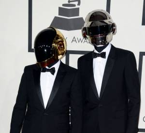Daft Punk très chic et costumé pour les Grammy Awards 2014.