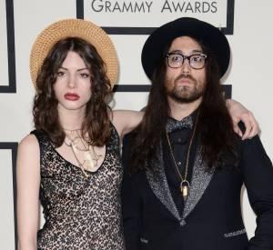 Charlotte Kemp Muhl et Sean Lennon, couple cool et dandy au Grammy Awards 2014.