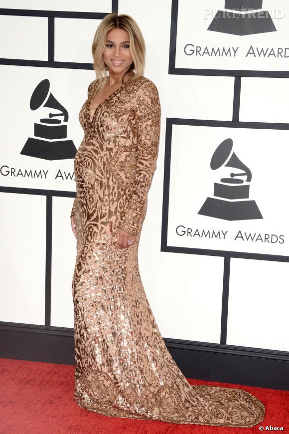 Ciara scintillante sur le tapis rouge pour les Grammy Awards.