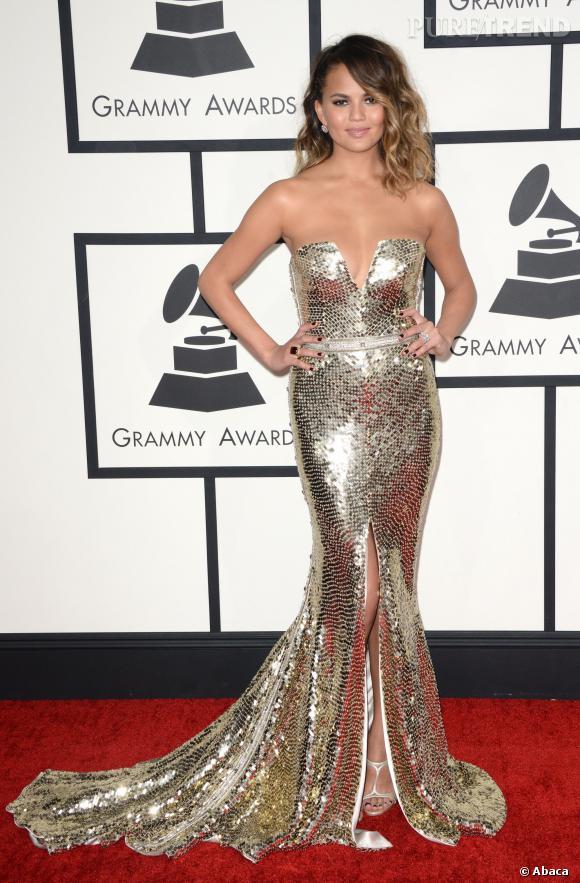 Christine Teigen, sirène scintillante sur le redcarpet des Grammy Awards 2014.