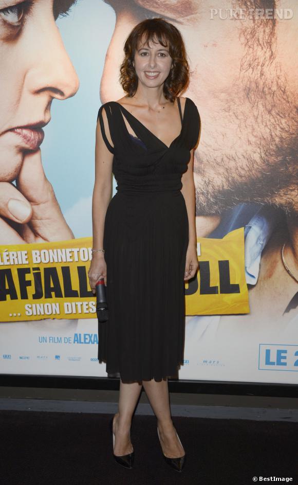 """Valérie Bonneton en noir à la première de la comédie """"Eyjafjallajökull"""" en septembre dernier."""