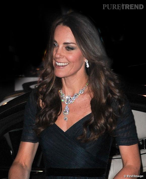 Le collier a été créé par Cartier en 1930.