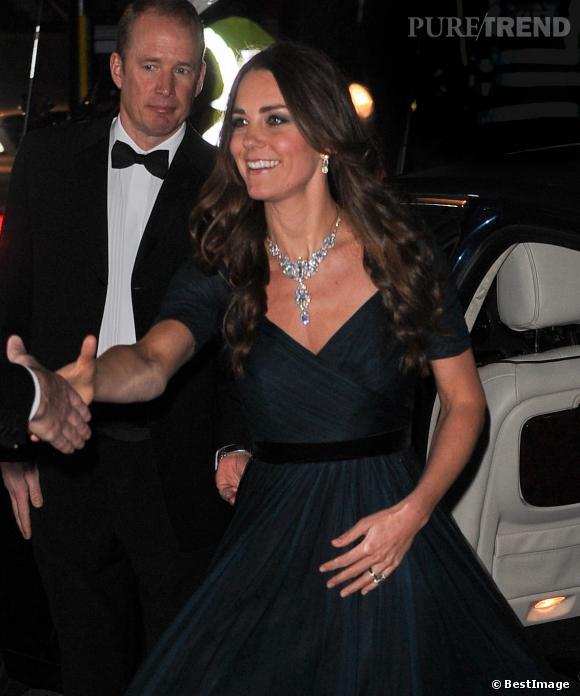 Kate Middleton, première sortie officielle de 2014 lors du gala de charité de la National Gallery à Londres.