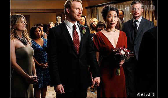 """Cristina et Owen se marient dans l'intimité dans """"Grey's Anatomy""""."""