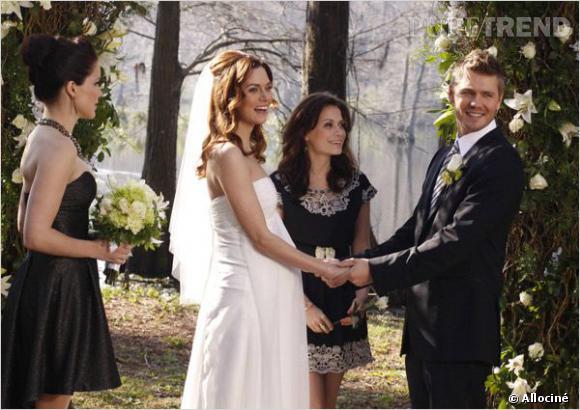 """Les fans du couple Peyton et Lucas ont particulièrement apprécié leur mariage dans """"One Tree Hill""""."""