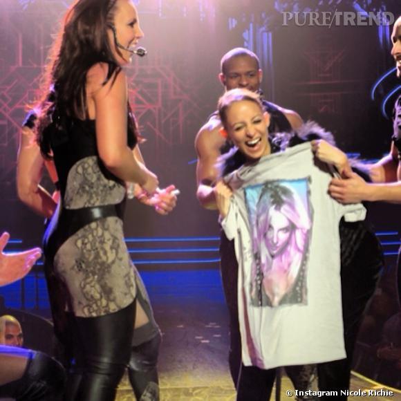 Nicole Richie, sur scène lors du show de Britney Spears à Las Vegas le 18 février 2014.